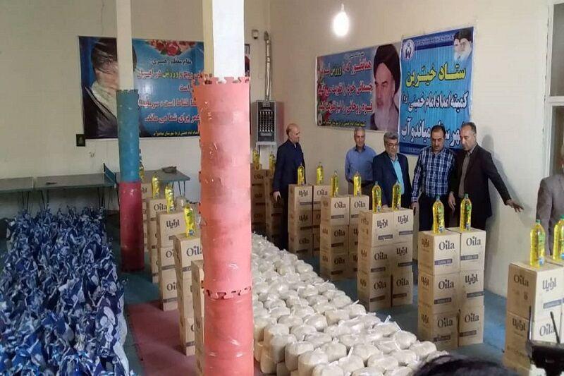 خبرنگاران 600 سبدکالا بین مددجویان کمیته امداد میاندوآب توزیع شد