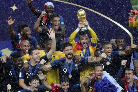 فروش مدال جام جهانی برای کارهای بشردوستانه