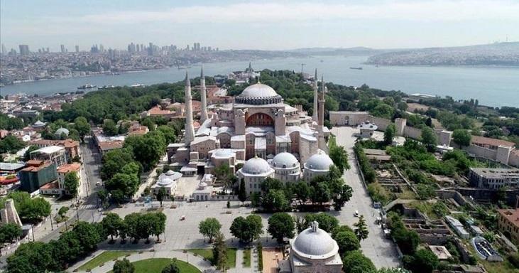 جدال لفظی ترکیه و یونان بر سر مسجد ایاصوفیه