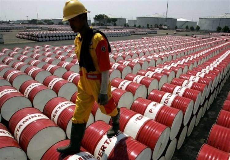 واکنش نفت به مازاد عرضه روسیه