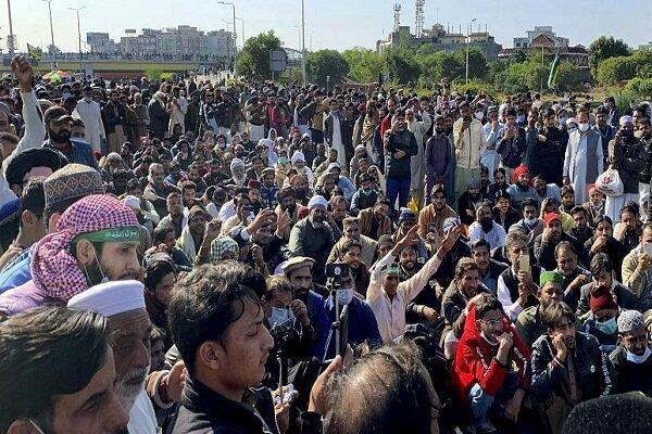 شهروندان پاکستانی خواهان اخراج سفیر فرانسه از اسلام آباد شدند