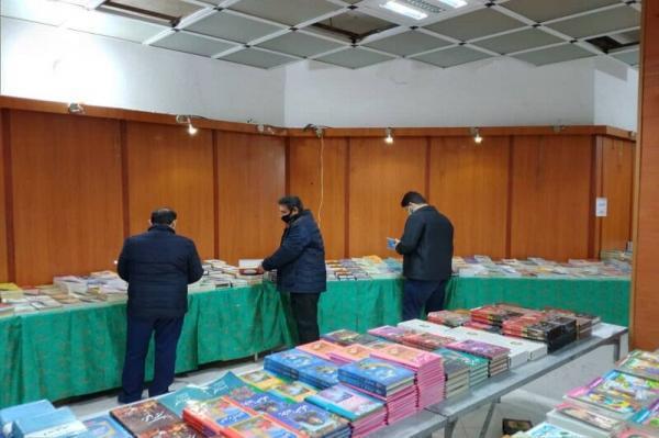 خبرنگاران طرح زمستانه کتاب در کرمان شروع شد