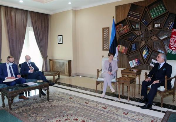 عبدالله: حمایت جامعه جهانی و کشورهای منطقه از صلح افغانستان لازم است