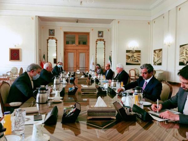 روز شلوغ ظریف در وزارت خارجه و دو دیدار مهم، عکس