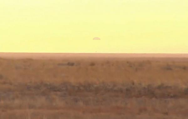 فضانوردان اعزام 63 از ایستگاه فضایی بین المللی به زمین بازگشتند